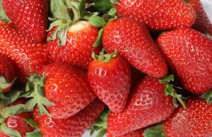 strawberries-473785_1280