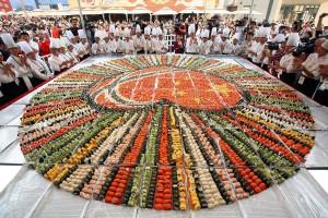 largest_sushi_mosaic