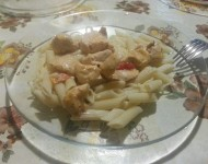 Та самая курица с авокадо и овощами, очень вкусно :)