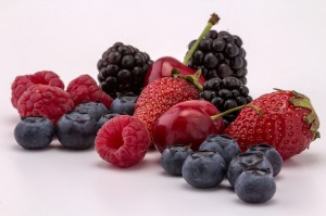 berries-839977_640