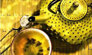 Желтый-чай-и-синий-чай