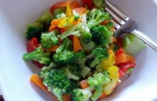 Salat-iz-brokkoli-6-340x255
