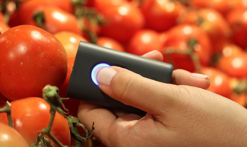 SCiO-scanning-tomatoes1-1020x610