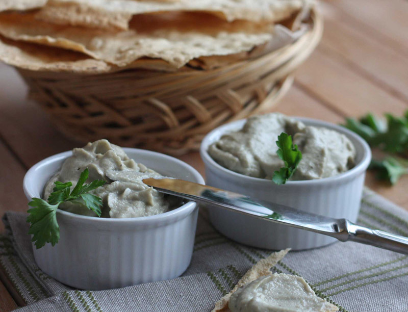 content_baba-ghanoush---spicy-appetizer-of-roasted-eggplant