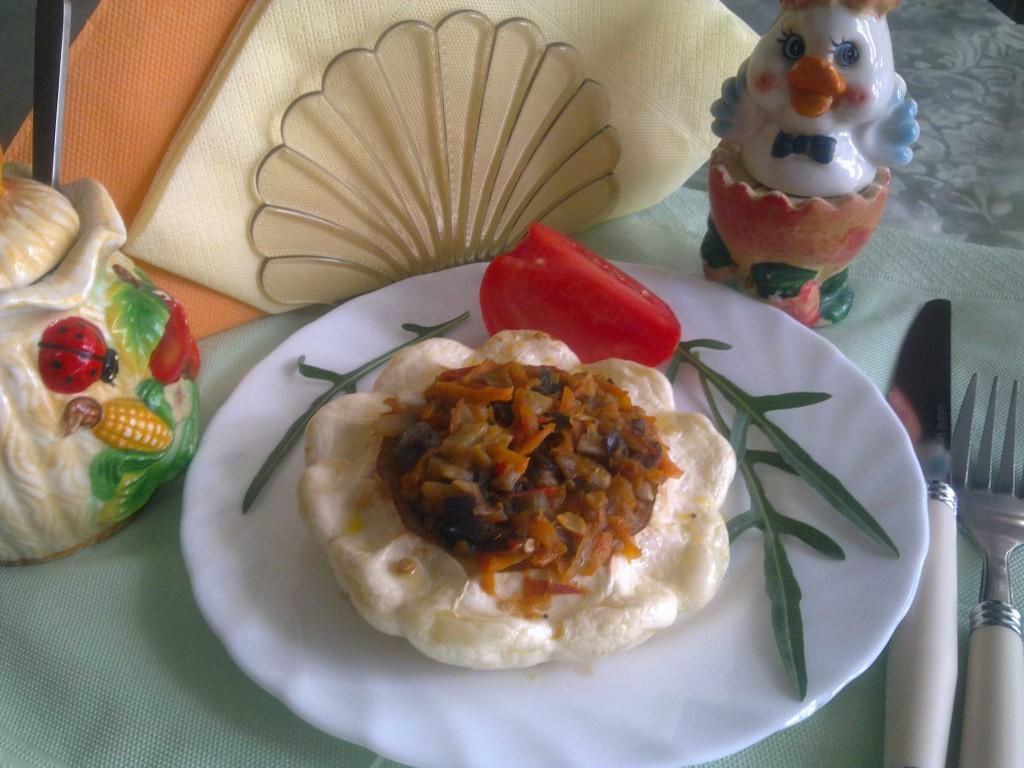 Патиссоны-фаршированные-икрой-из-баклажан-и-моркови-рис.1