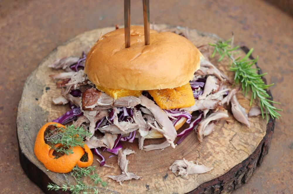 Pulled-Duck-Burger-05