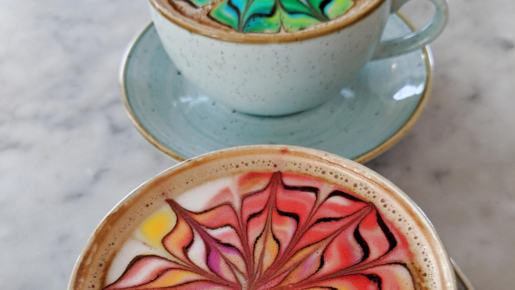 kunterbunter-kaffee-traum-diese-bunten-latte-macchiatos-sind-echte-hingucker
