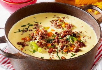 kaese-porree-suppe-mit-hack-topping-F6027401,id=a3dfb250,b=lecker,w=610,cg=c